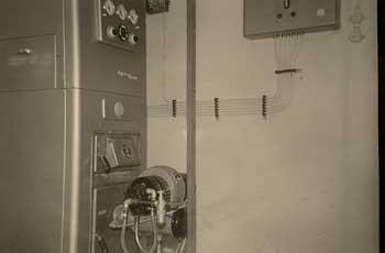 Installation der ersten vollautomatischen Öl-Zentralheizung: Bätz ...